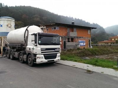Inštalácia podlahového kúrenia a anhydritového poteru Trenčín